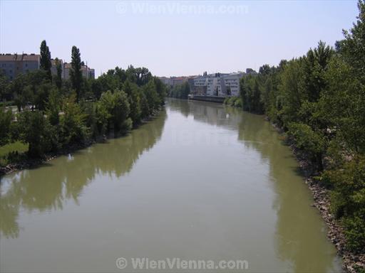 Donaukanal in Wien Spittelau