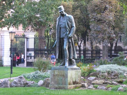 Franz Josef Statue in Burggarten